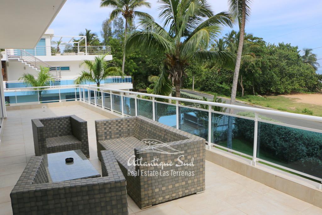Beach front villa at Playa Popy 4.jpg