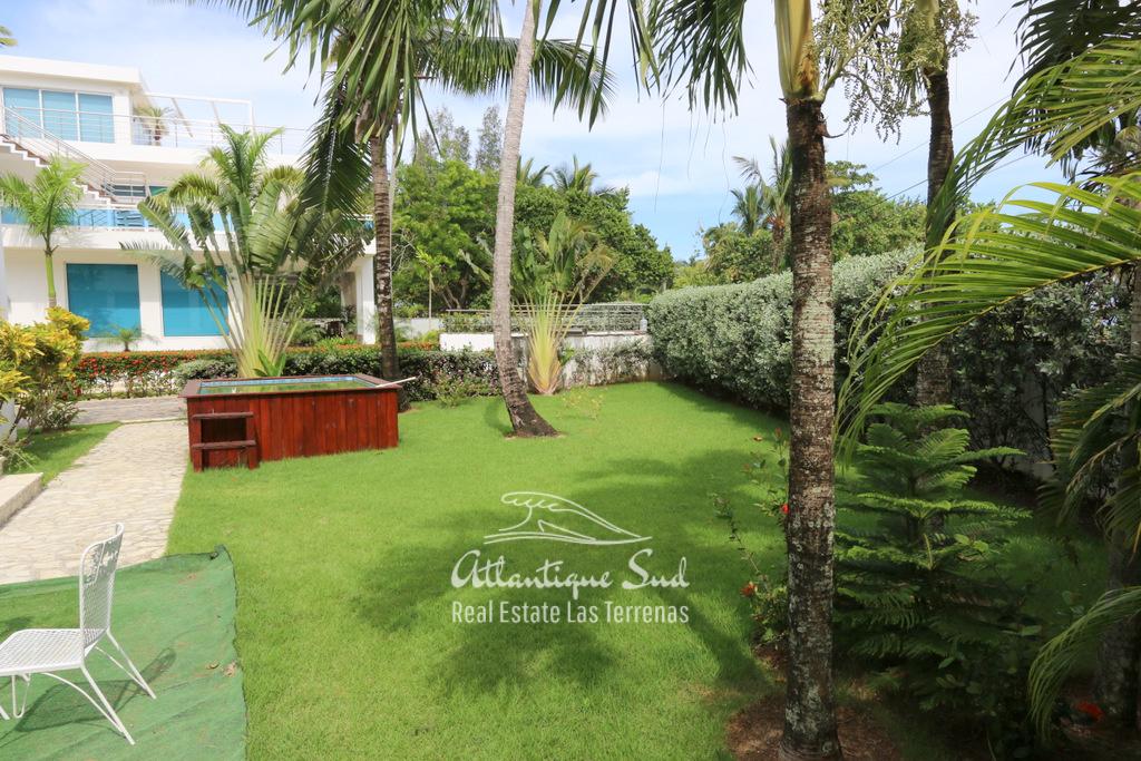Beach front villa at Playa Popy 11.jpg