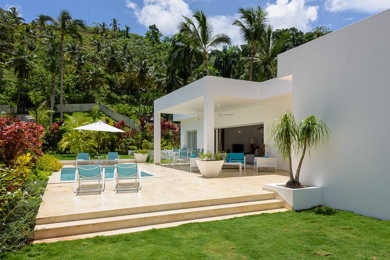 Modern villa LT8.jpg
