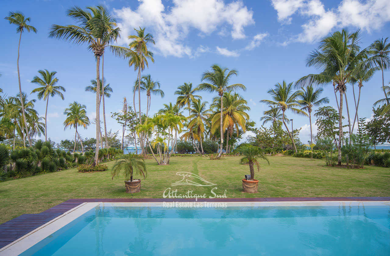 Beachfront villa in Esperanza for sale Las Terrenas DR 14.jpg