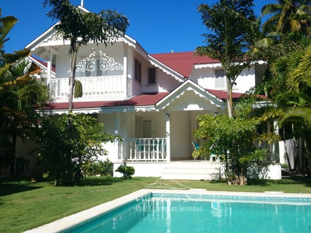 Villa For Sale >> Turnkey Villa Steps From Beach Center Atlantique Sud