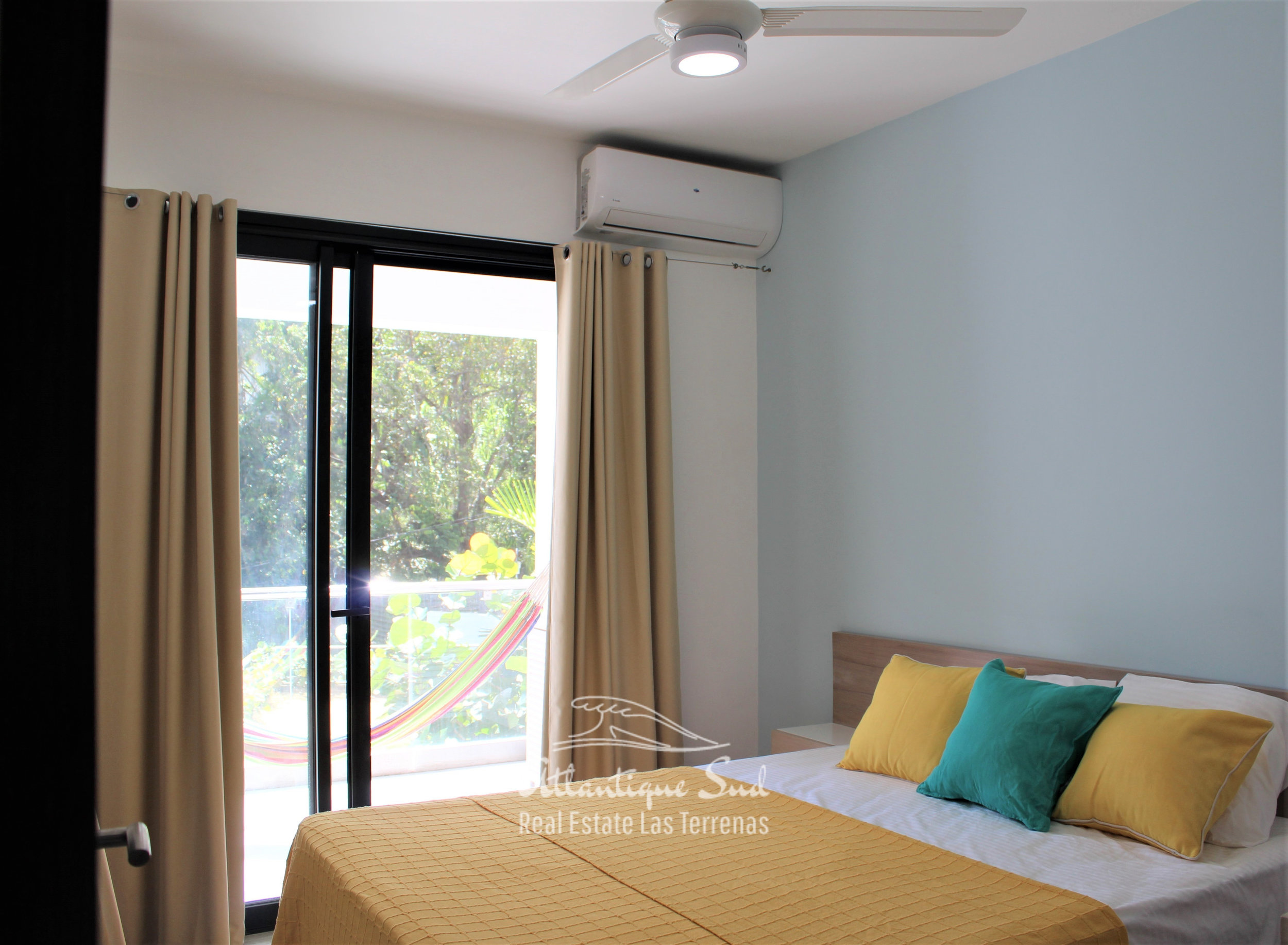 Cozy-1-bedroom-apartment-in-gated-community-close-to-the-center-of-lasterrenas3.jpg