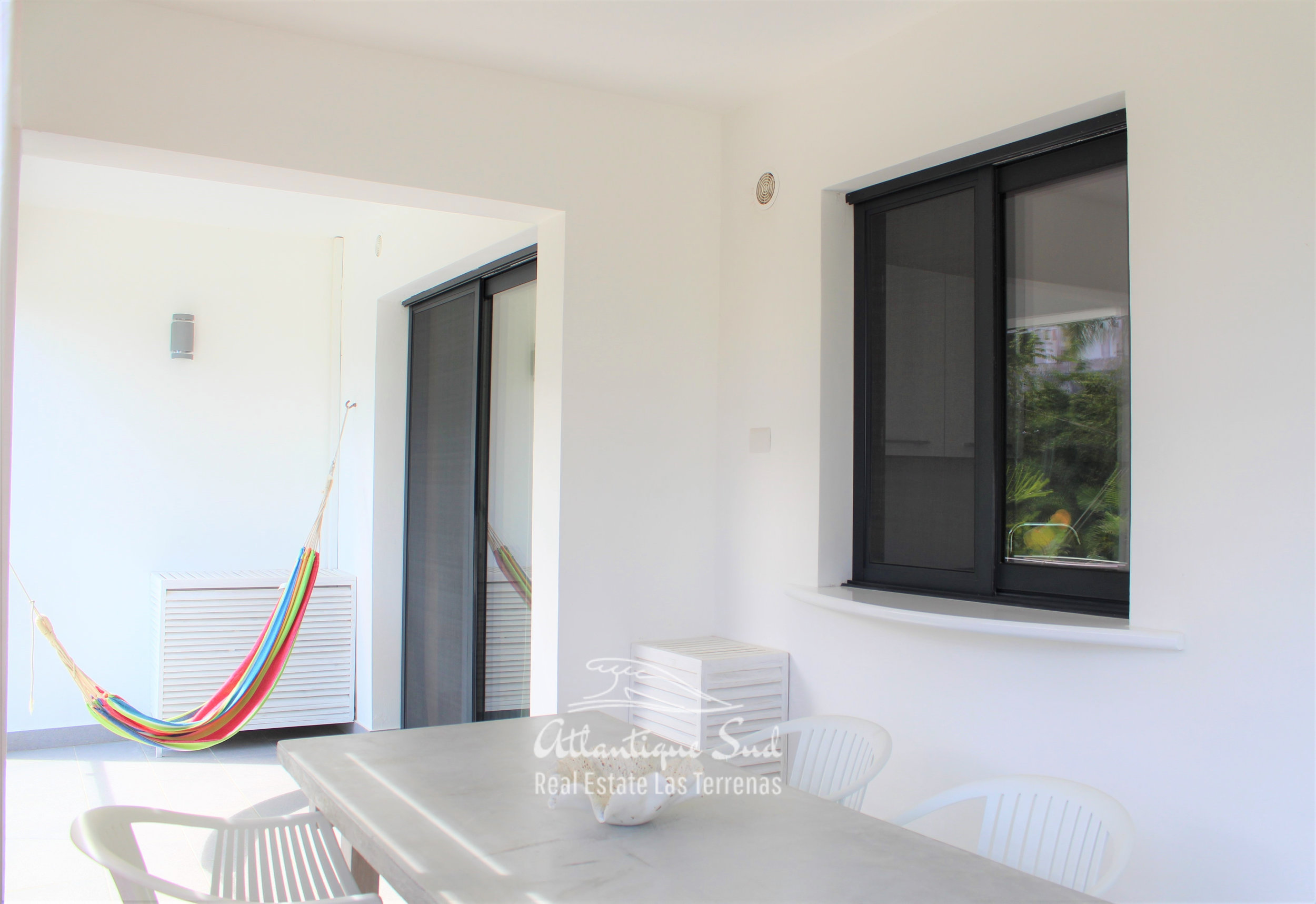 Cozy-1-bedroom-apartment-in-gated-community-close-to-the-center-of-lasterrenas9.jpg
