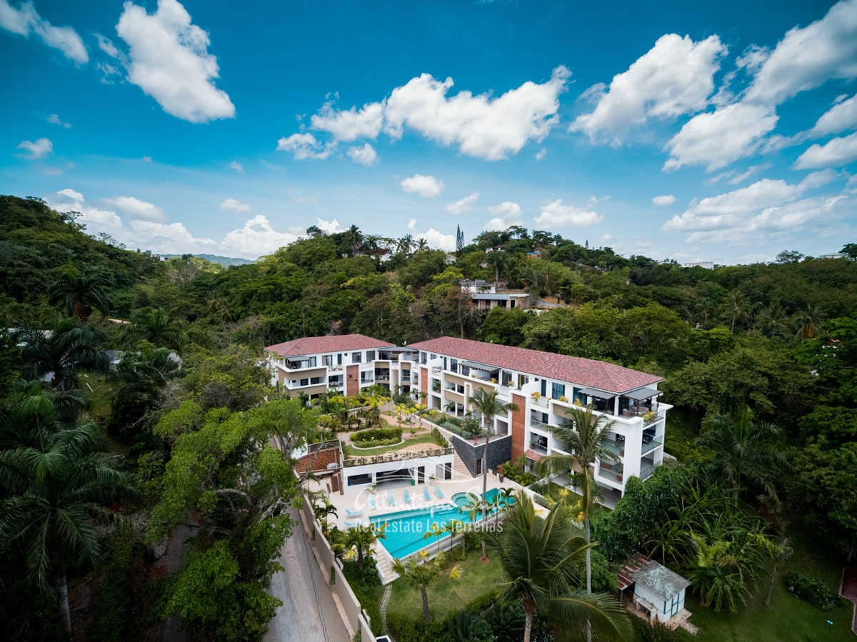 Cozy-1-bedroom-apartment-in-gated-community-close-to-the-center-of-lasterrenas23.jpg