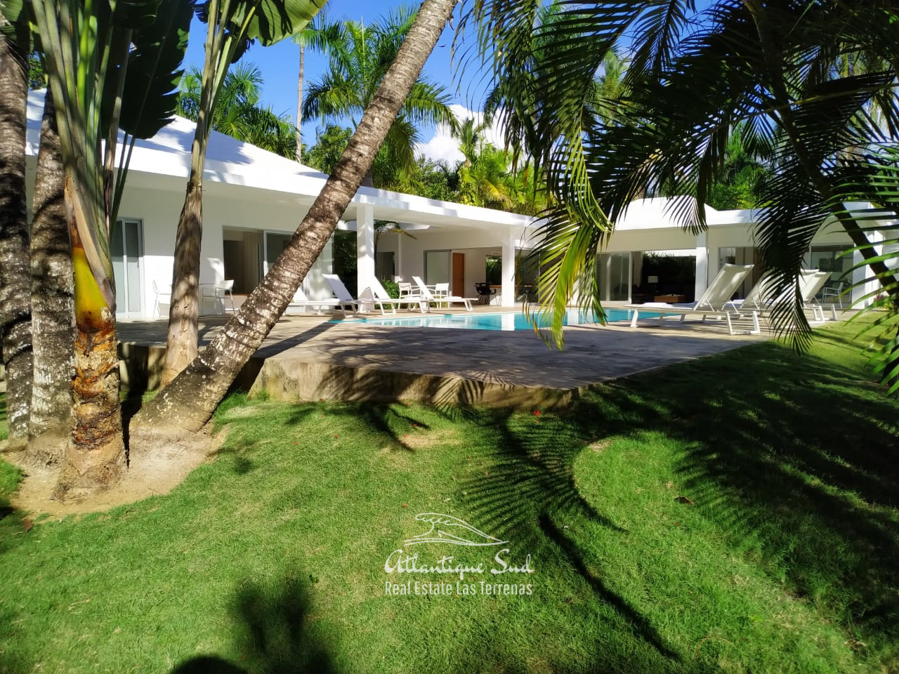 Outdoor villa for sale Las Terrenas .jpeg