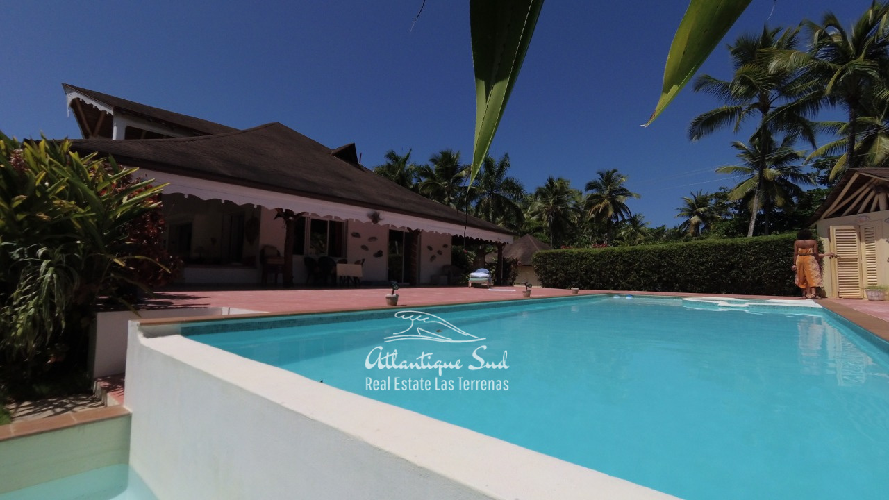 4BR villa for sale in exclusive beachfront community1.jpeg