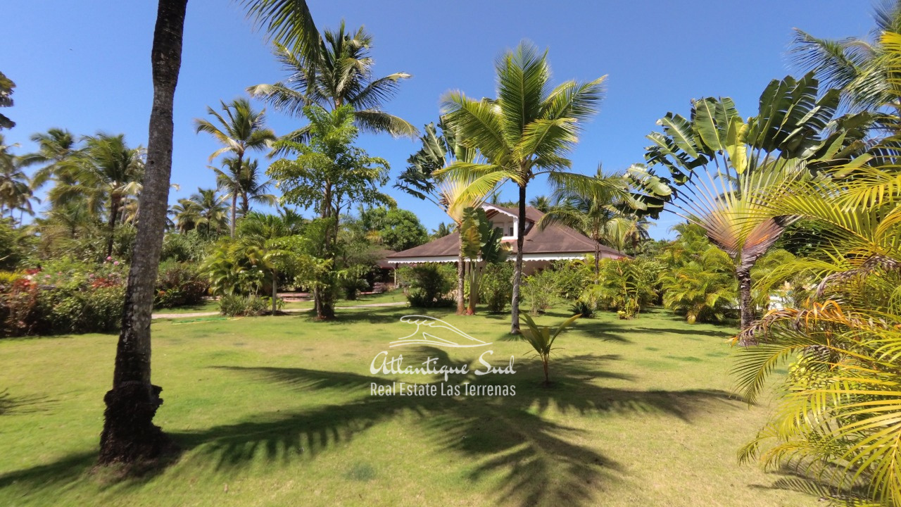4BR villa for sale in exclusive beachfront community3.jpeg