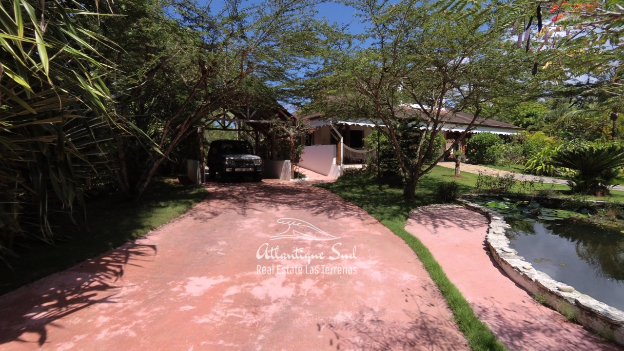 4BR villa for sale in exclusive beachfront community7.jpeg
