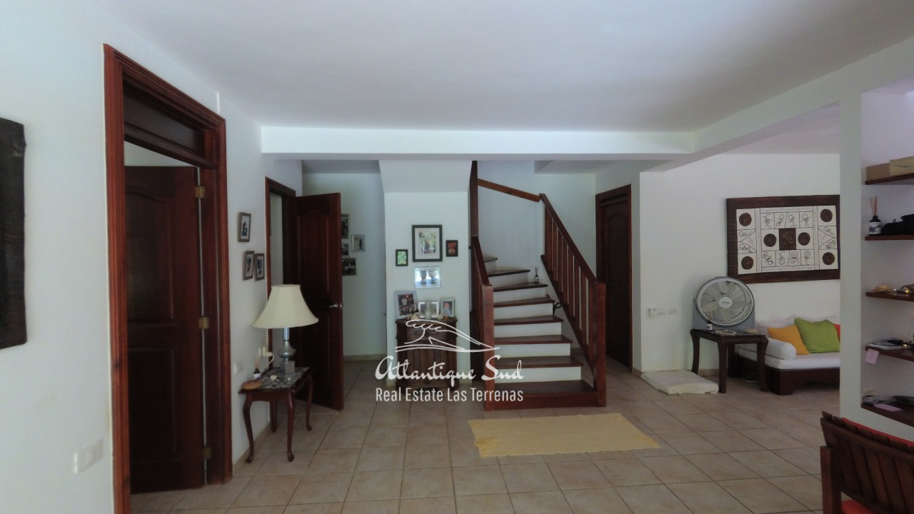 4BR villa for sale in exclusive beachfront community14.jpeg
