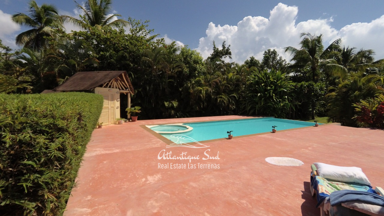 4BR villa for sale in exclusive beachfront community23.jpeg