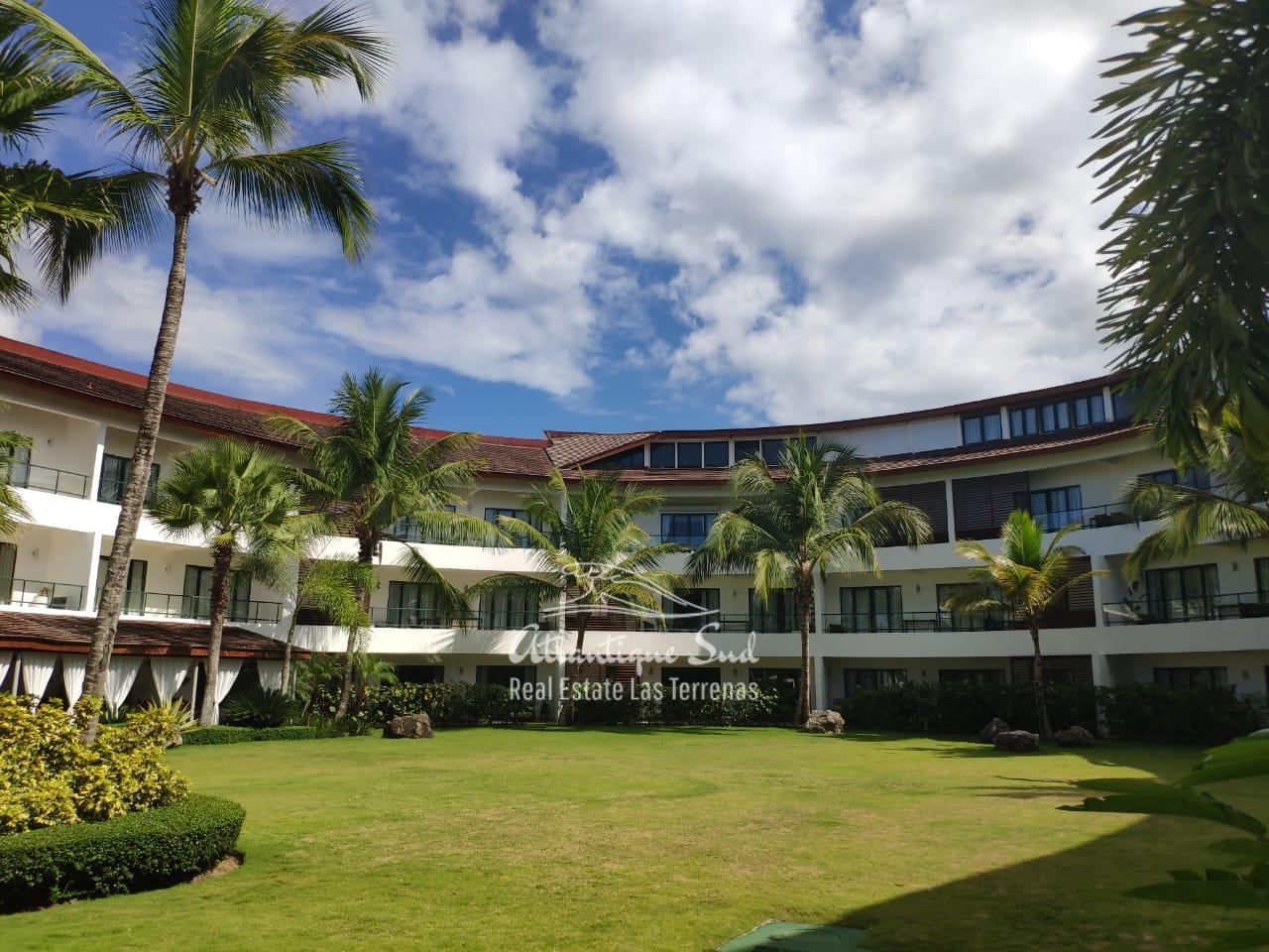 condo-in-all-inclusive-beachfront-hotel-lasterrenas9.jpeg