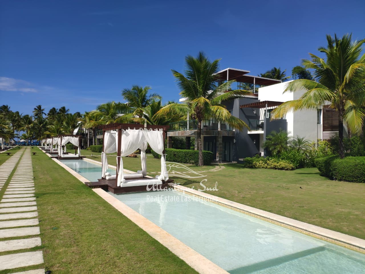 condo-in-all-inclusive-beachfront-hotel-lasterrenas10.jpeg