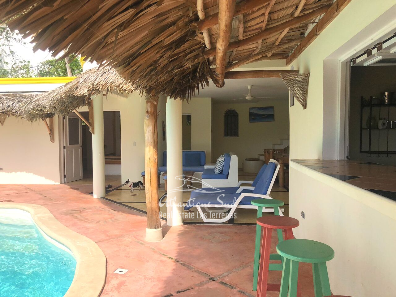 caribbean-style-villa-on-hill-for-sale15.png
