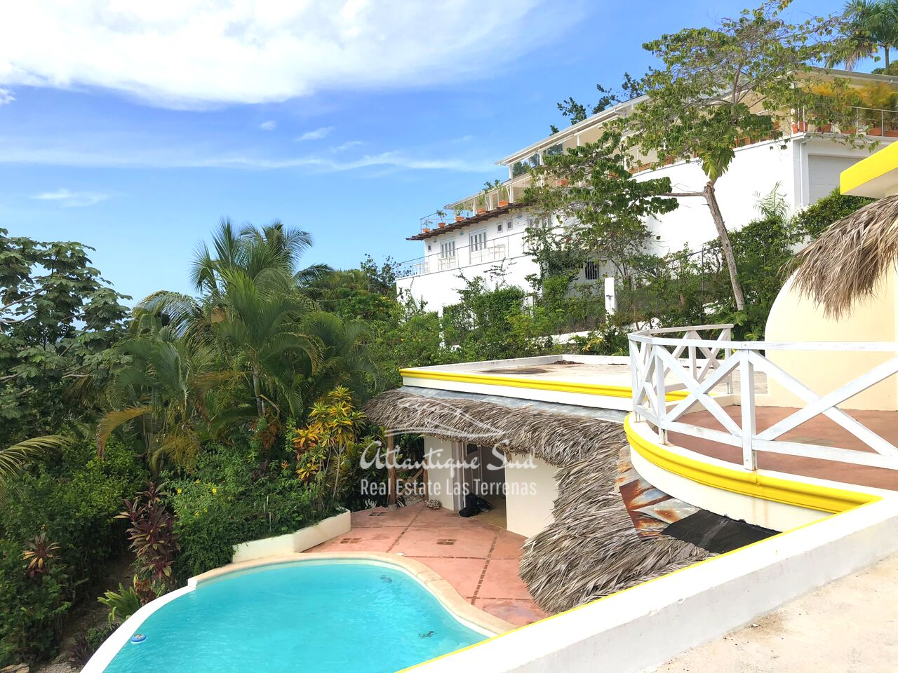 caribbean-style-villa-on-hill-for-sale25.png