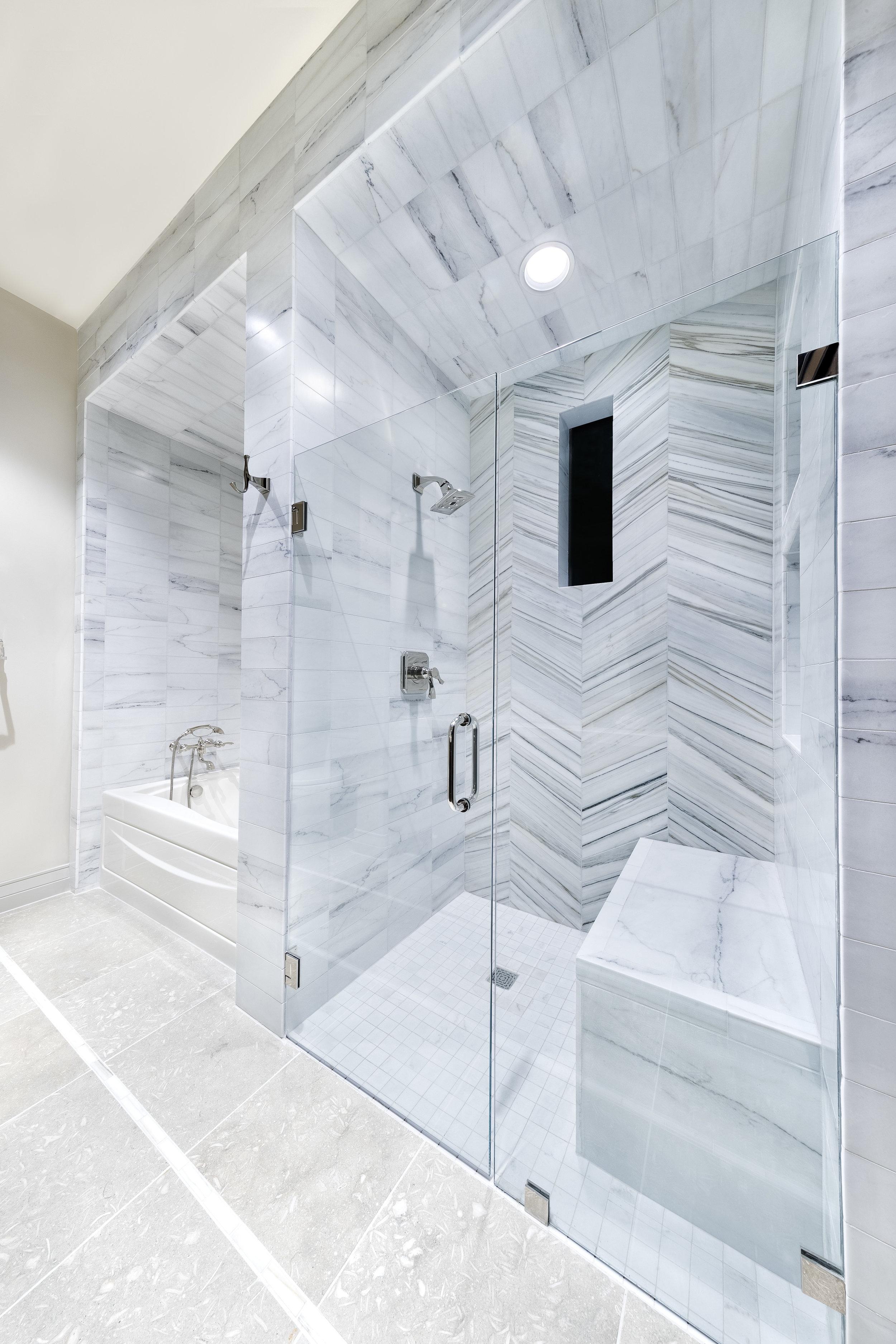 18.5 Bathroom.jpg
