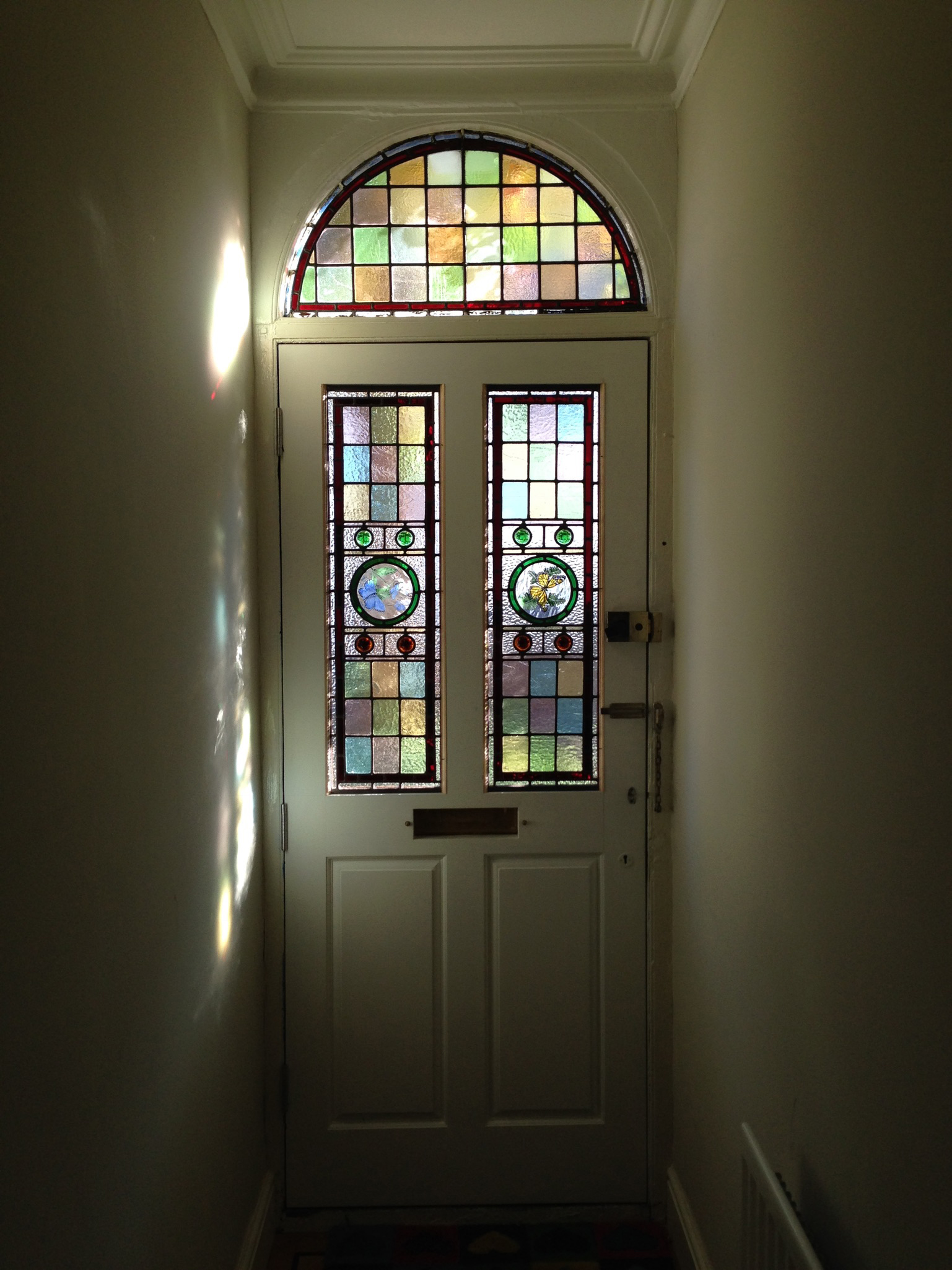 Stained glass-1.jpg