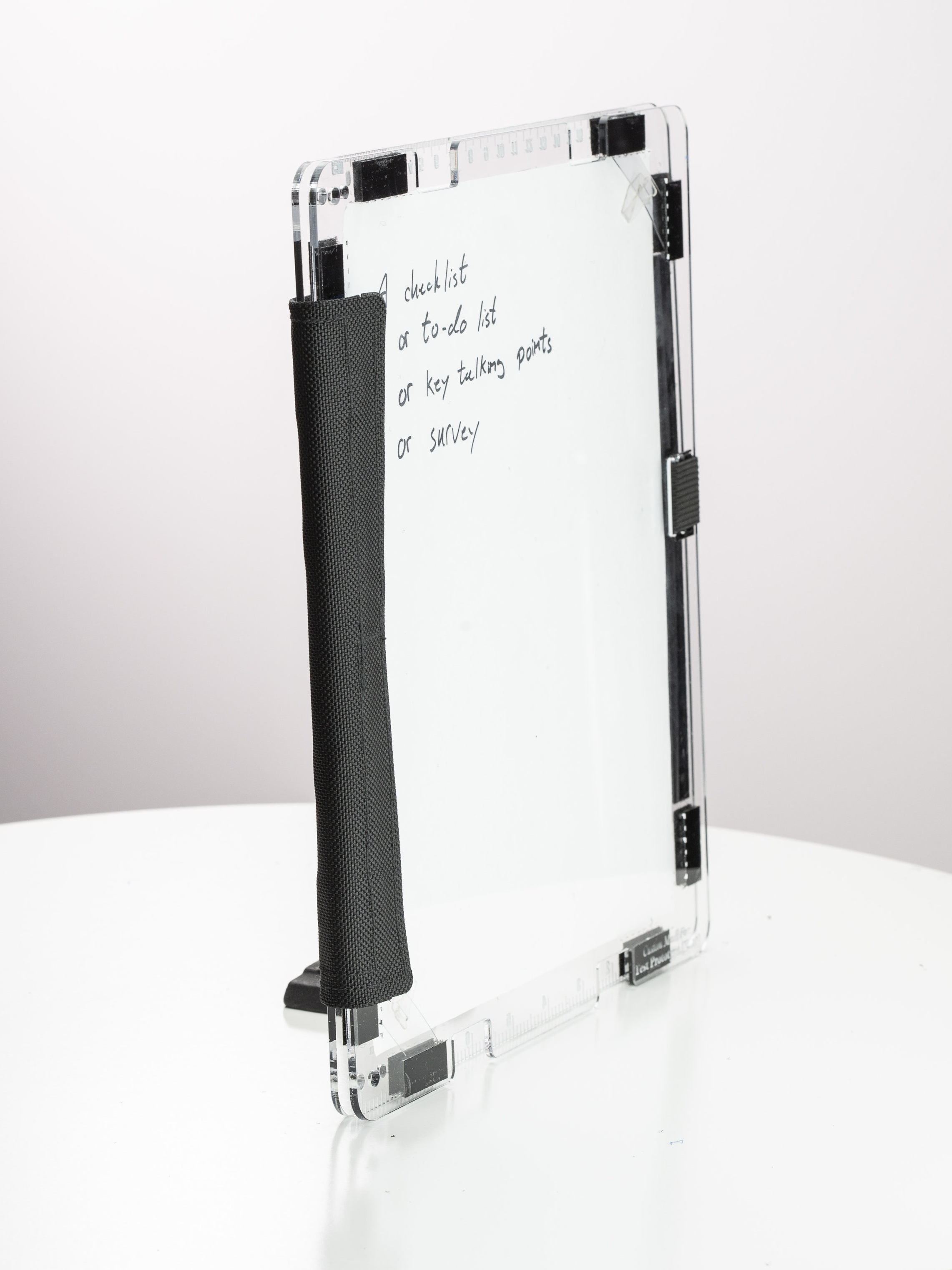 Adjustable Binding Illustration: Nice and slim when you want it to be.