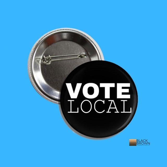 Check out our merch for #2020 -------------- #politicalbuttons #campaignbuttons #buttons #vintagepins #vintagebuttons #vintagefinds #vintage  