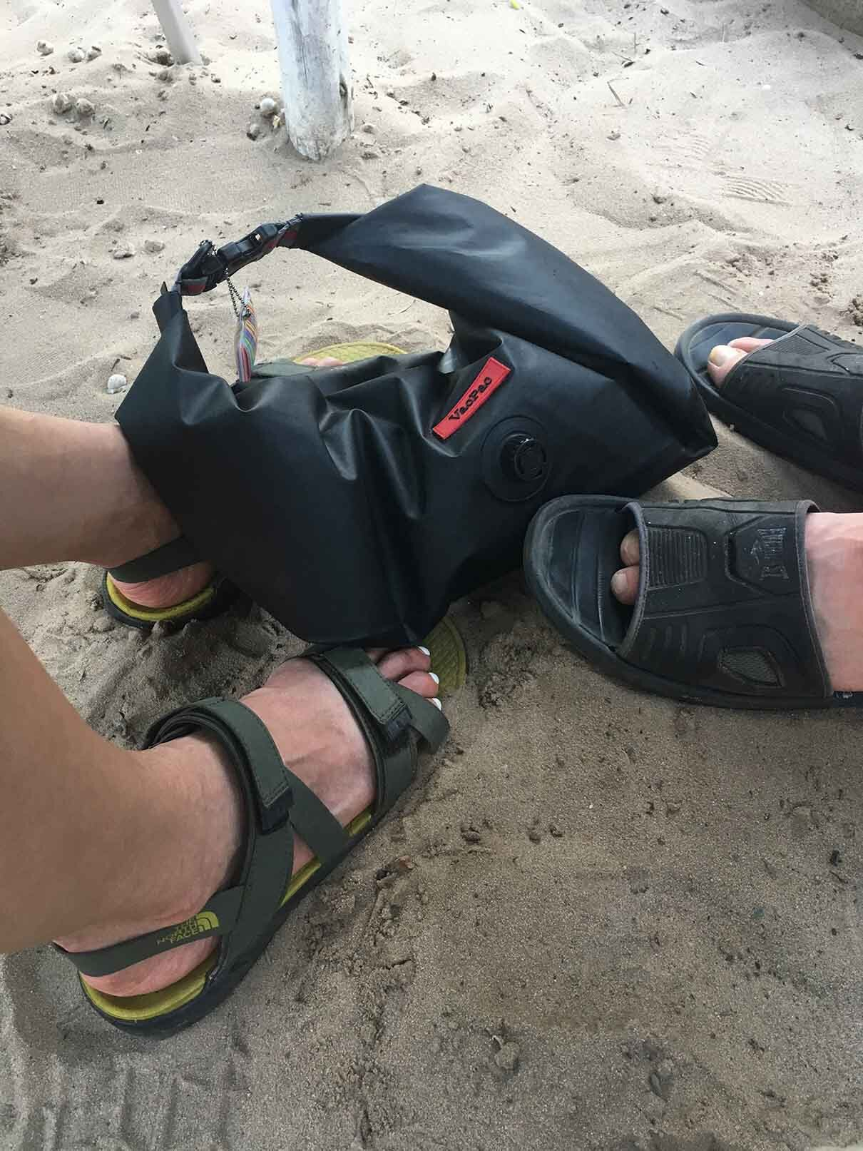 The VacPac is not just waterproof but sandproof! Planning on a beach holiday?  Keep your cash & mobile water & sand safe! Get your very own VacPac right now!
