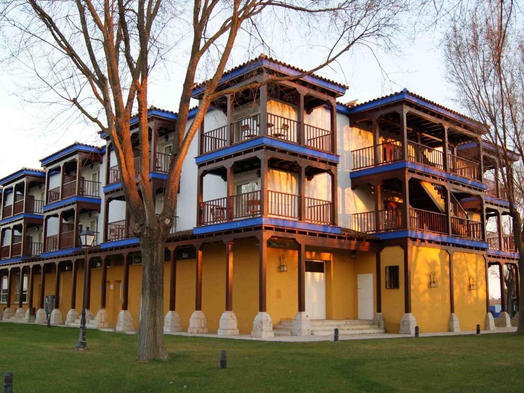 Parador Manzanares.jpg