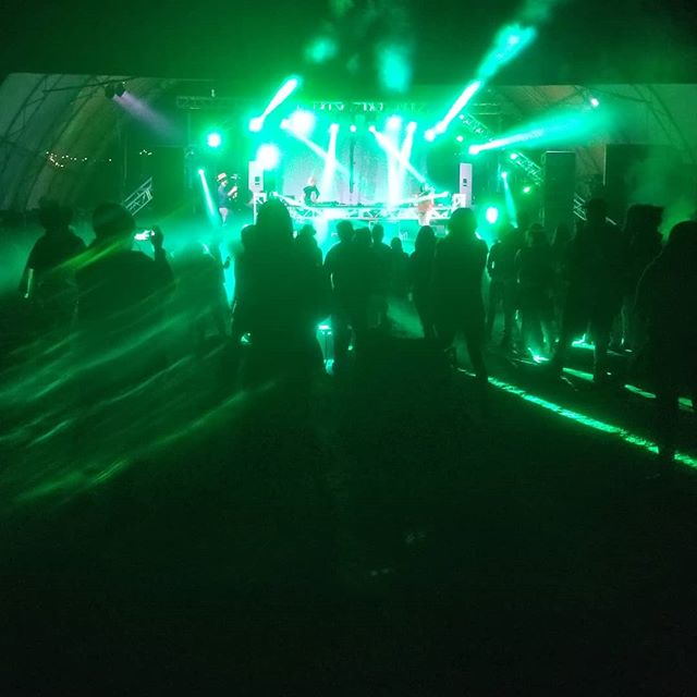 @kytami rocking the main stage @ Electric Sky Festival 2018.  #violinist #live #festival #raveoutfit #energy #drumandbass