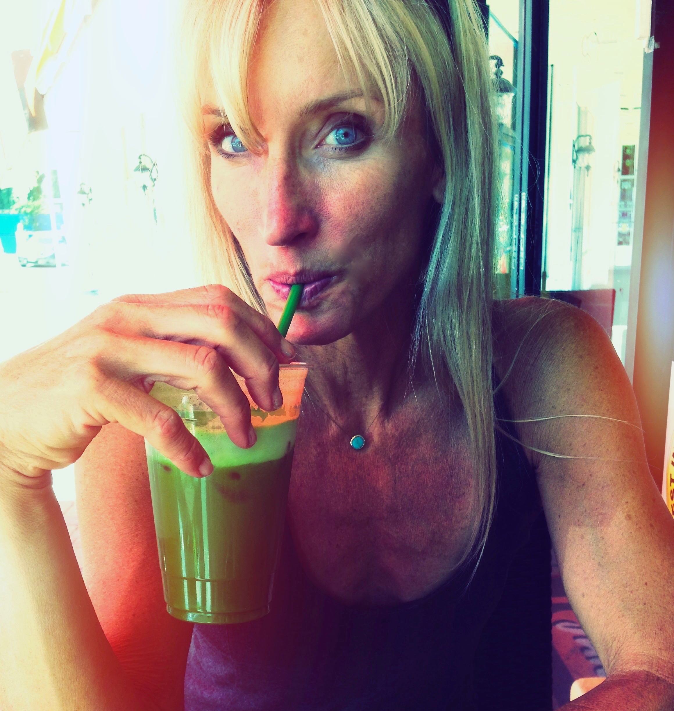 Whole Body Beautiful - green smoothie