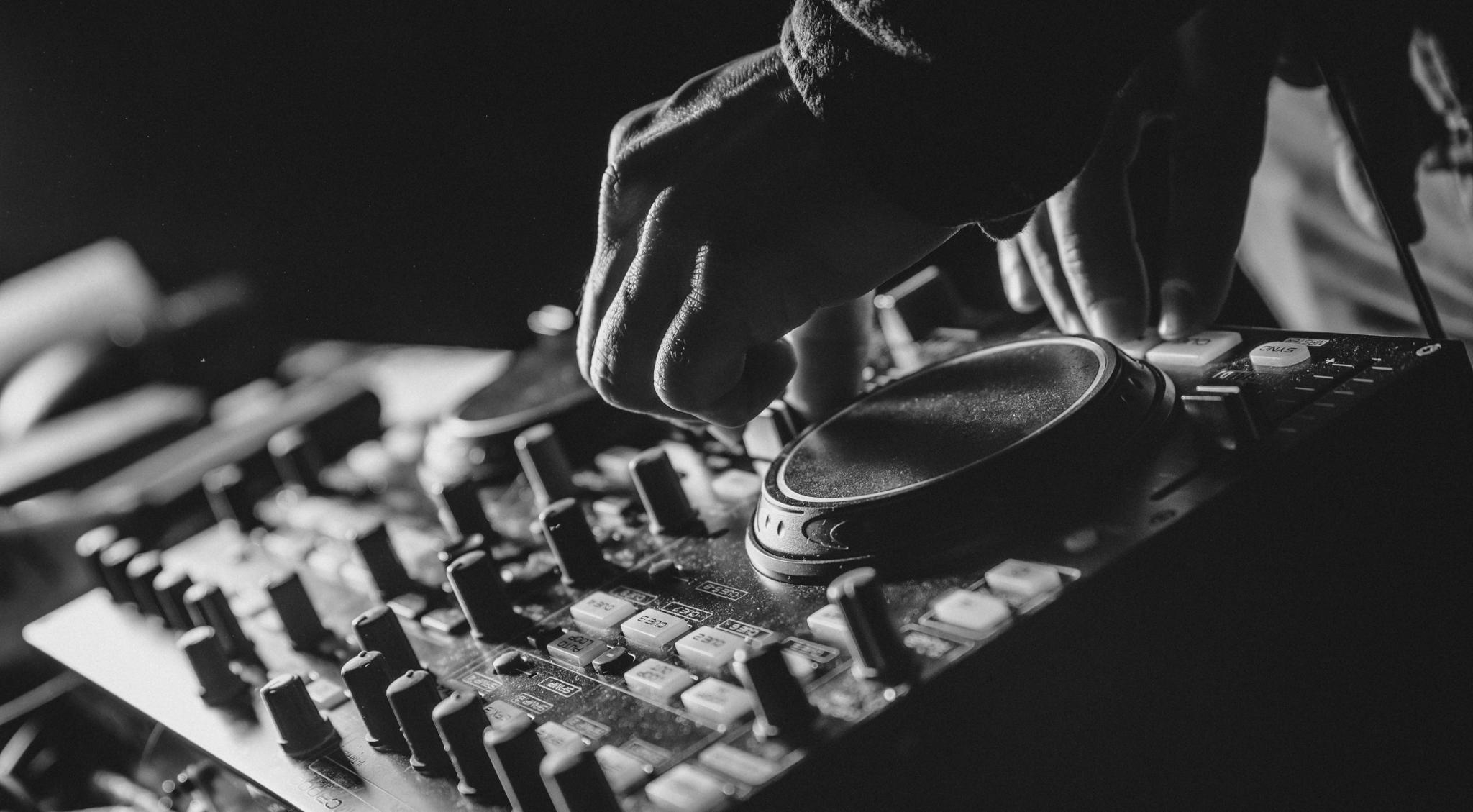 DJ MOSQUETERO.jpg