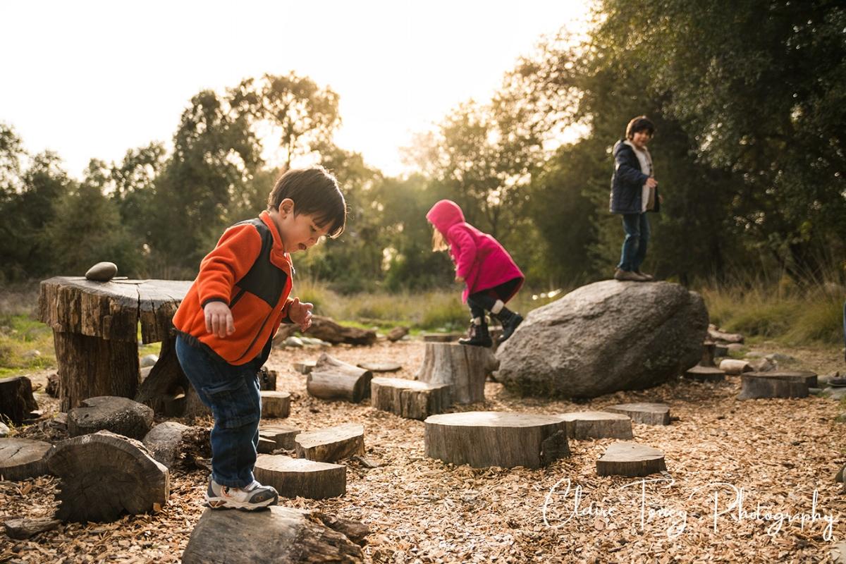 three children playing at the Effie Yeaw Nature Center