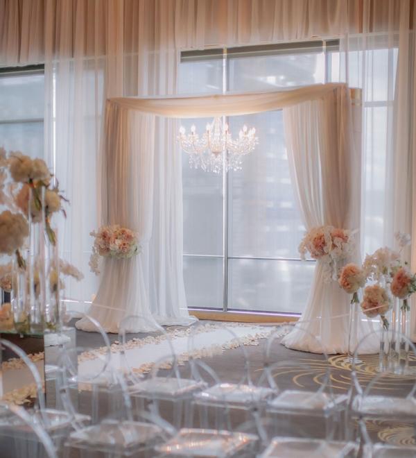 Elegant-Seattle-Wedding-at-the-Four-Seasons-Hotel28.jpg