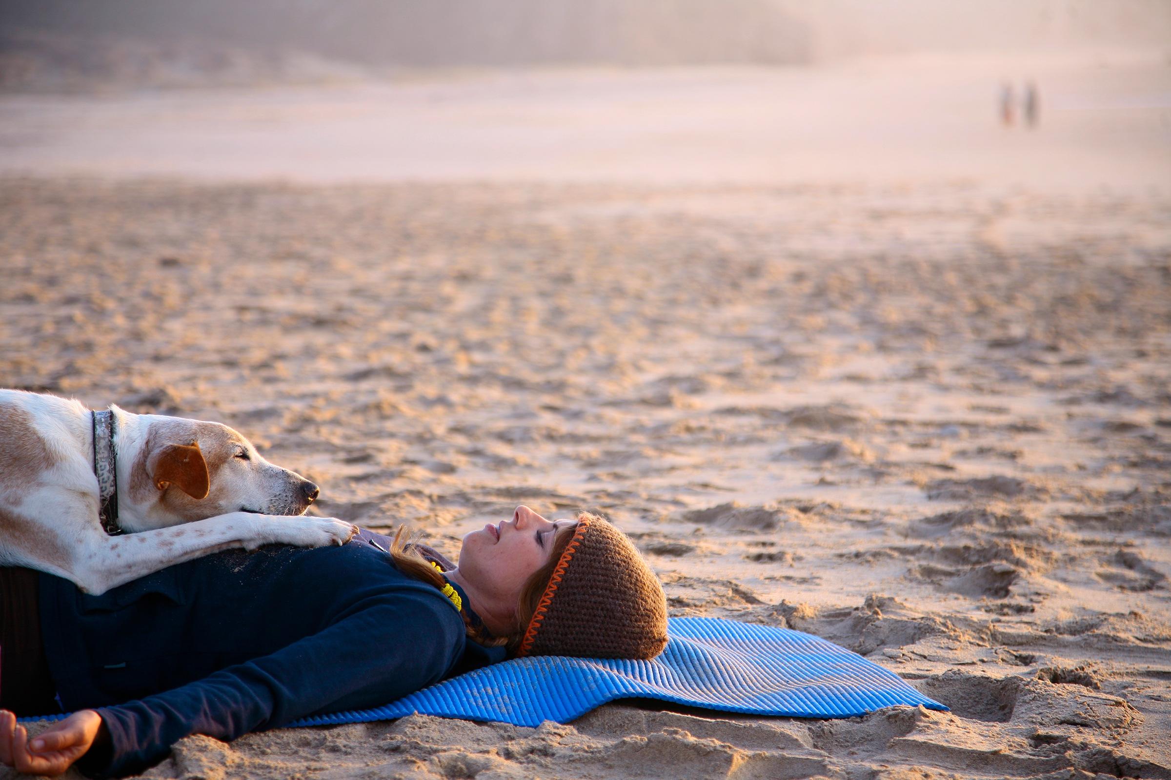 Yoga-on-Beach-VI.jpg