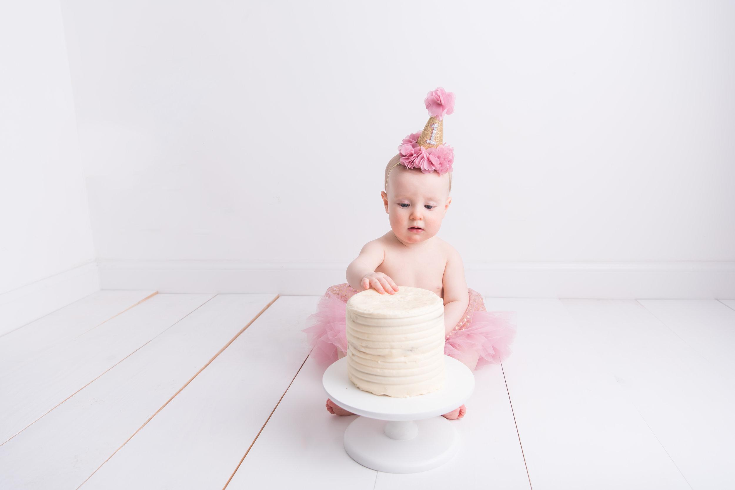 Lynsey-Jackson-Cake-Smash-13.jpg