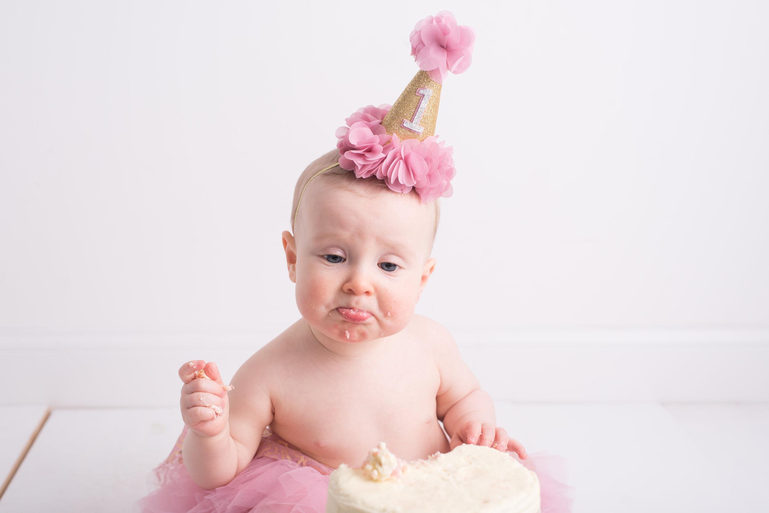 Lynsey-Jackson-Cake-Smash-18.jpg