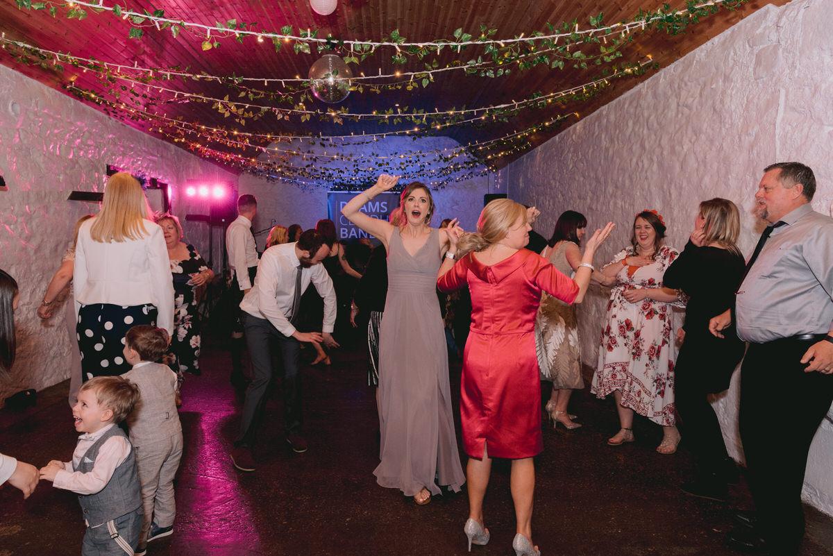 Glasgow_Wedding_Photographer_Dalduff-1119.jpg