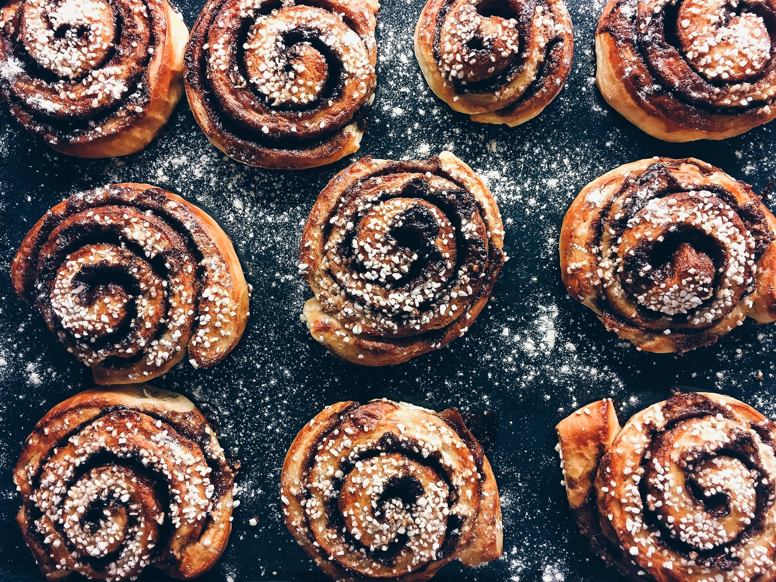 woodfired-eats-cinnamon-rolls-1.jpg