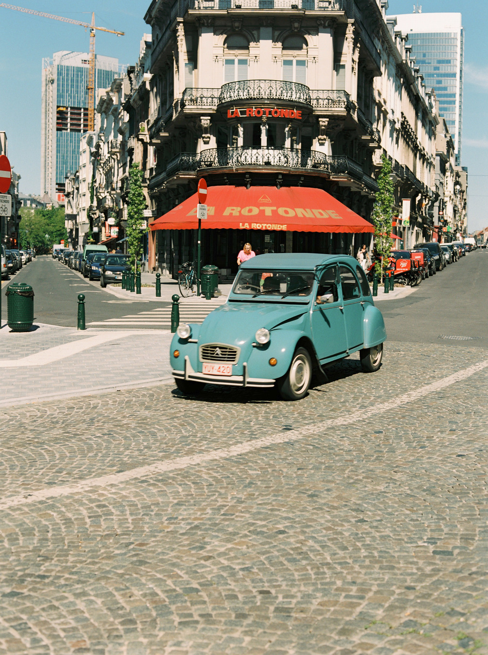 48 hours in brussels, driving a 2Cv may be?