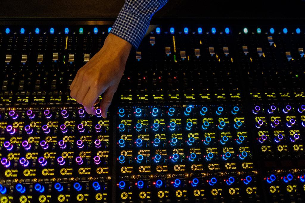 2-deluxe-sound-studio-los-angeles-freelance-photographer-054.JPG