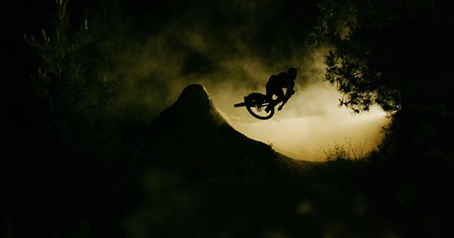 Back in June, I spent four extremely late nights at the Kamloops Bike Ranch with @sampilgrim as we attempted some precision day and night setups. As usual there were learning experiences (we had to stop shooting one night because the sun came up), a few failures (wind blew over a light stand), and eventually we emerged with a short film I'm super stoked on. Huge thanks to @paulthepunter for producing/assistance with lighting and @keithwhiteaudio for sound design. Now, in the words of Pilgrim, go ''Crack a Monny!''