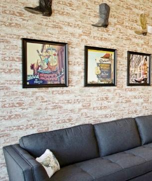nashville-living-room-cowboy-style-nashvilleinteriordesign-interiordesignnashville-atmosphere360studio-a360studiointeriors-interiordecorator.jpg