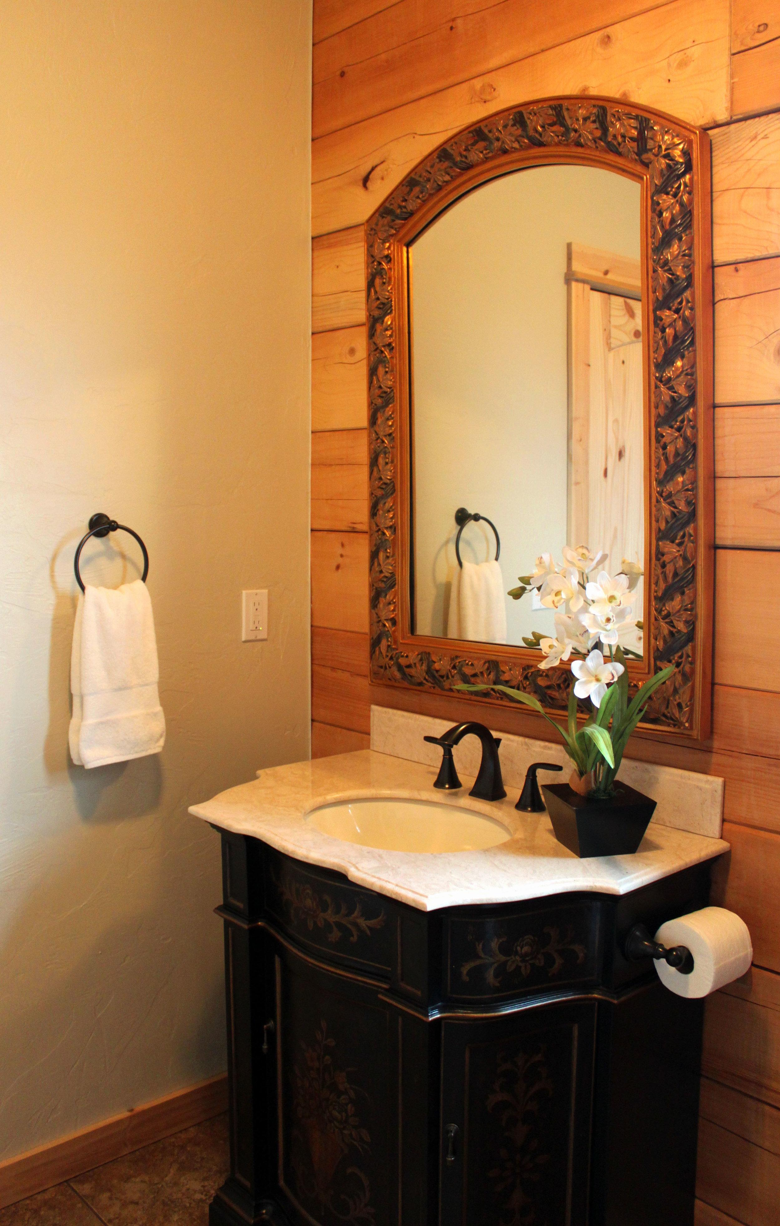 Wendelin Room Photo 2.jpg