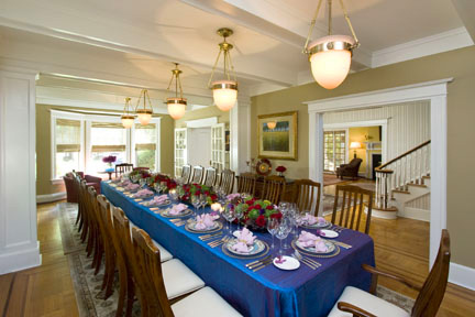This Dining Room was designed by Clawson Architects with flexibility in mind. See one of the alternate entertainment setting below (White Table Cloth)
