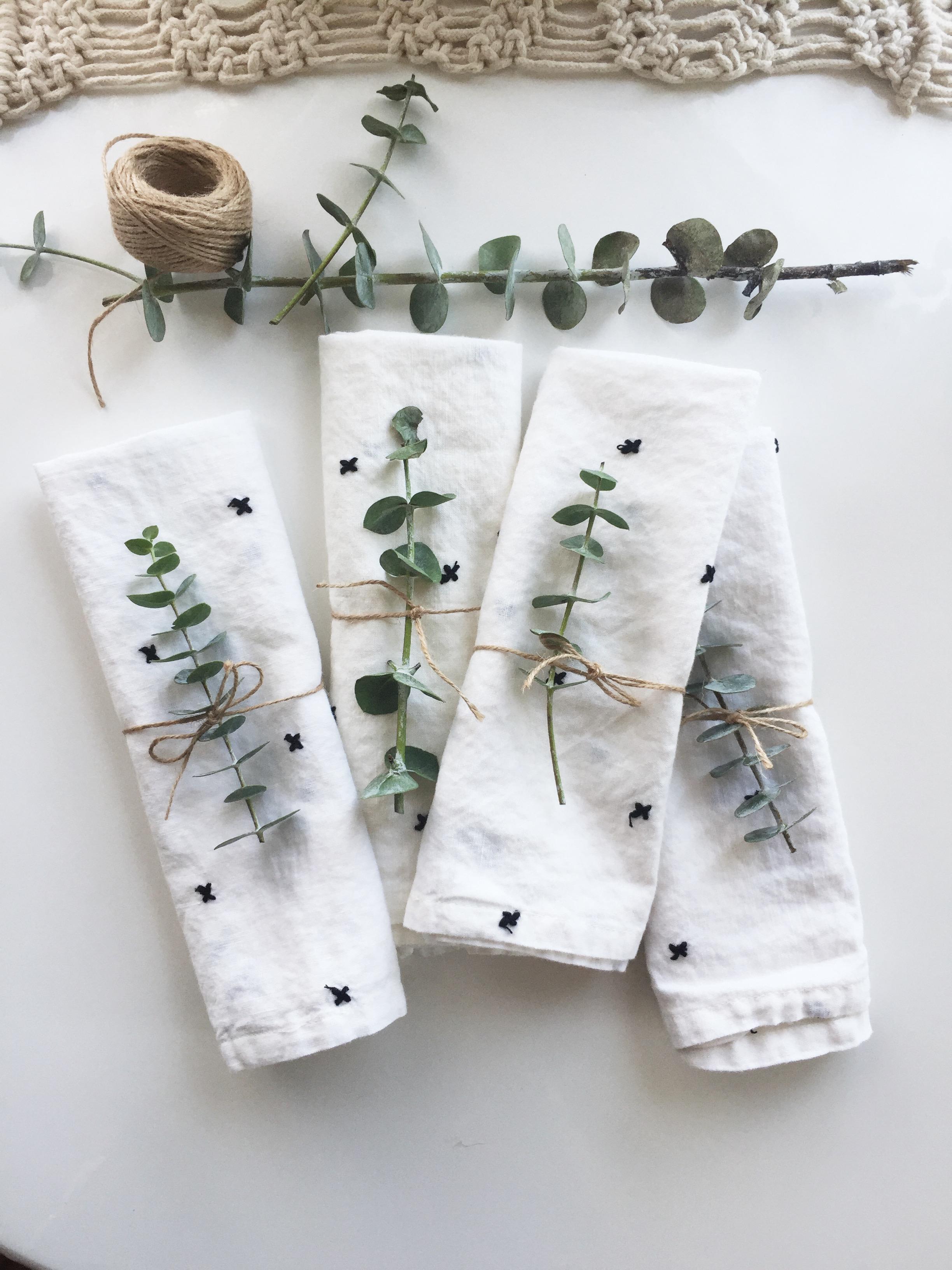 basedonbeige_eucalyptus_napkins.jpg