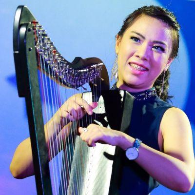 Maria Pratiwi - Indonesia
