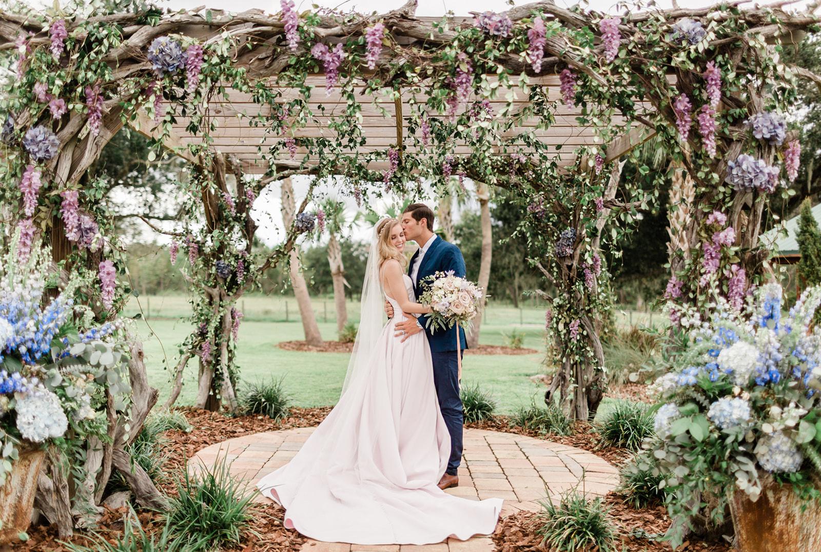 sunny-acres-lodge-orlando-florida-wedding-photos-1055_websize.jpg