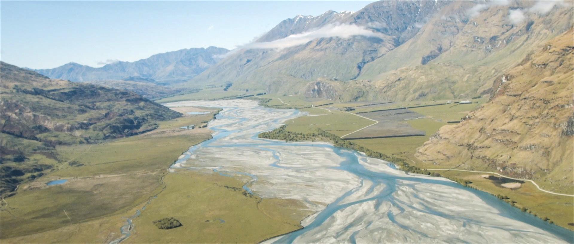 Frame 18 - mountains view river.jpg