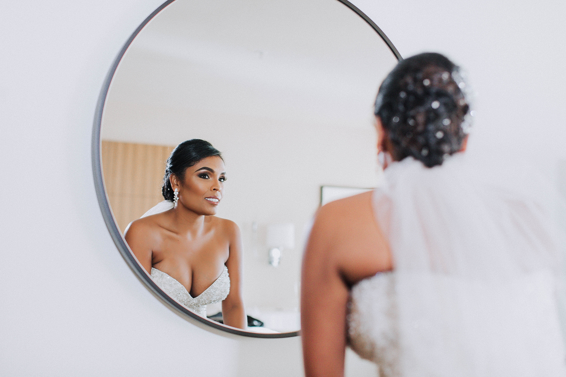 Bride Getting Ready, Downtown Los Angeles Marriot