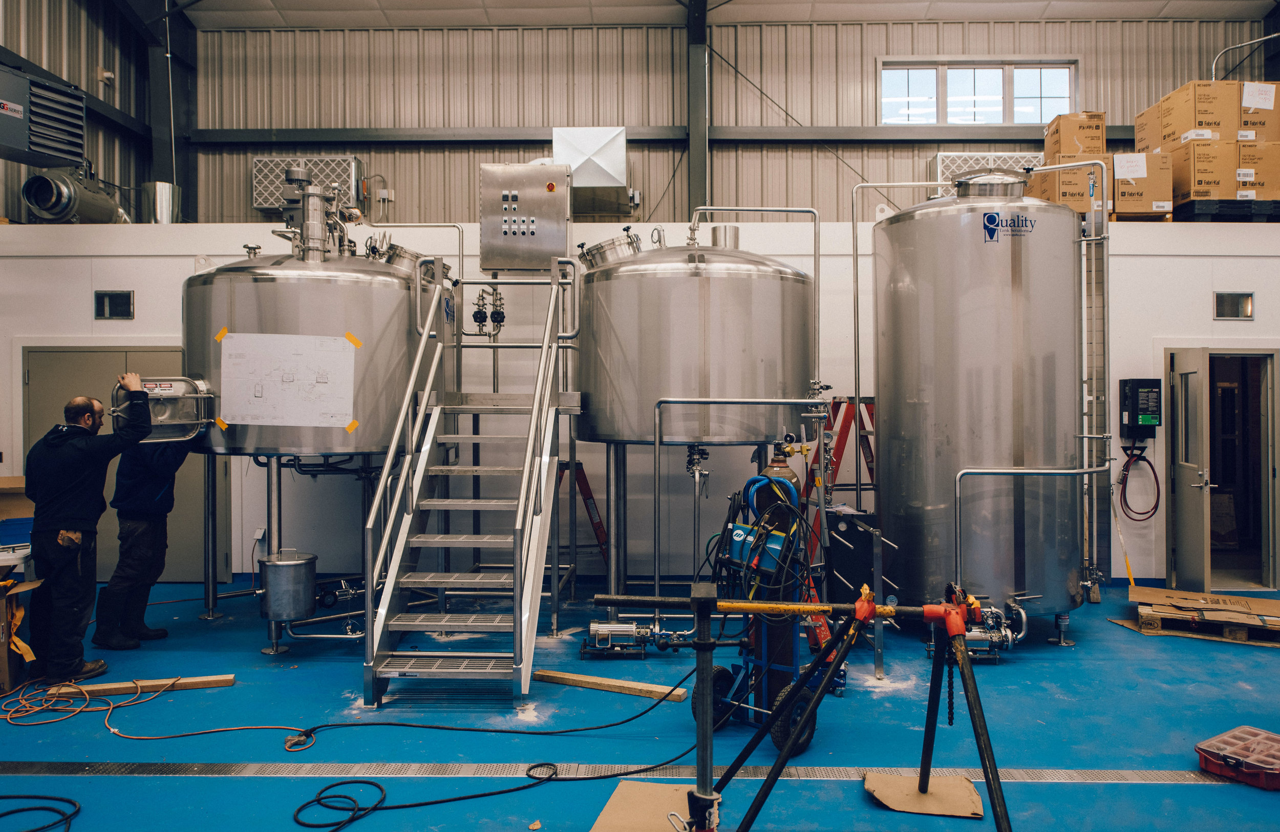 Hacienda-Beer-Co-Door-County-Brewhouse-Install-11.jpg