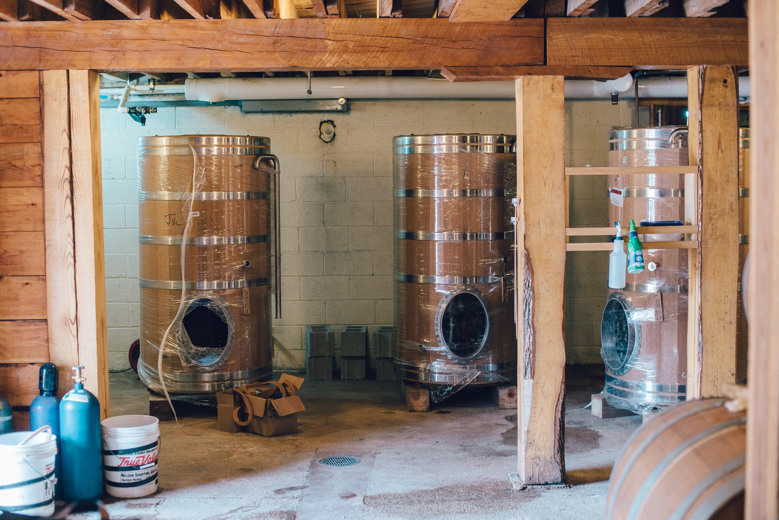 Hacienda-Beer-Co-Foeders-Arrive-7.jpg