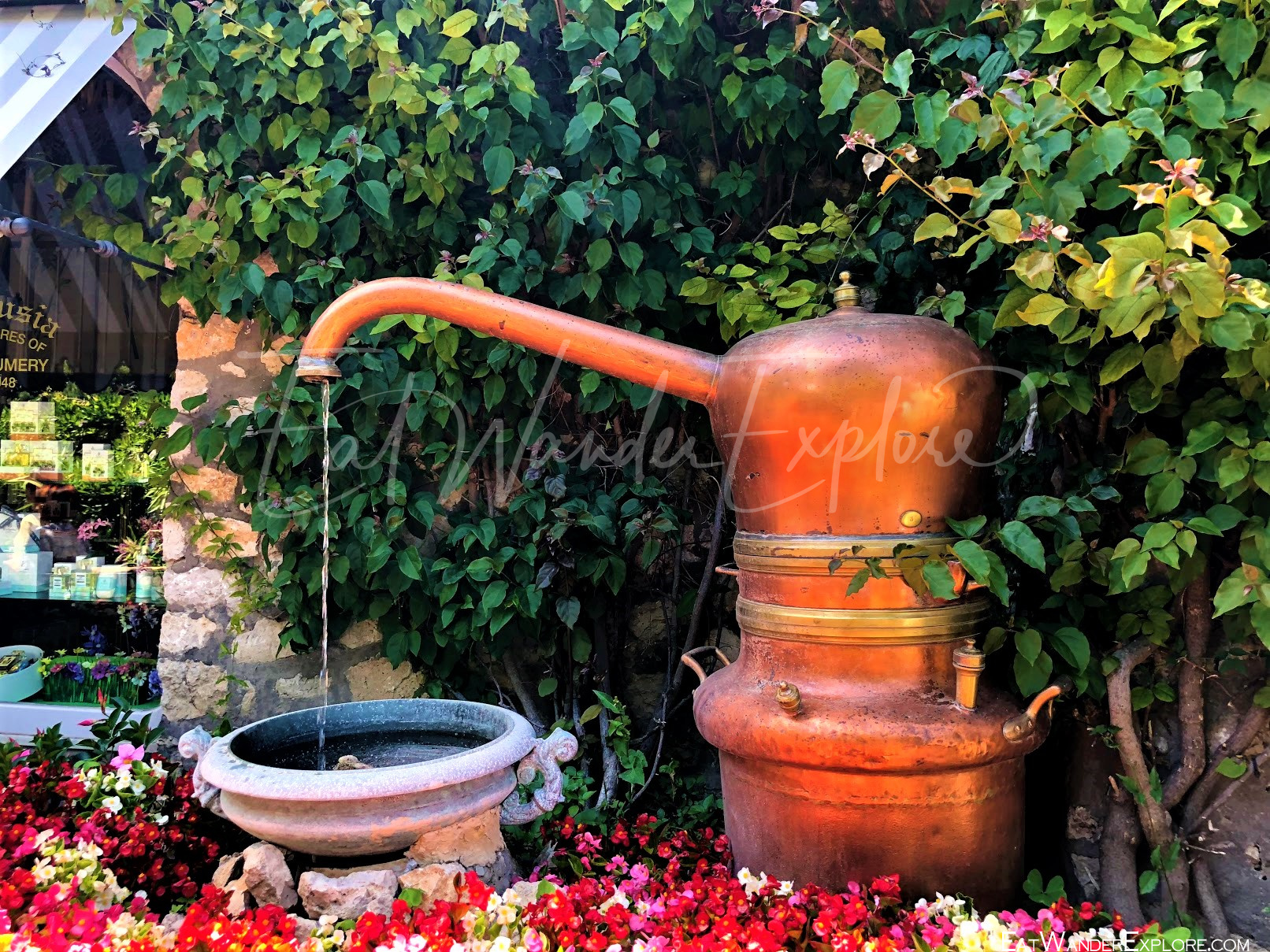 charming kettle fountain