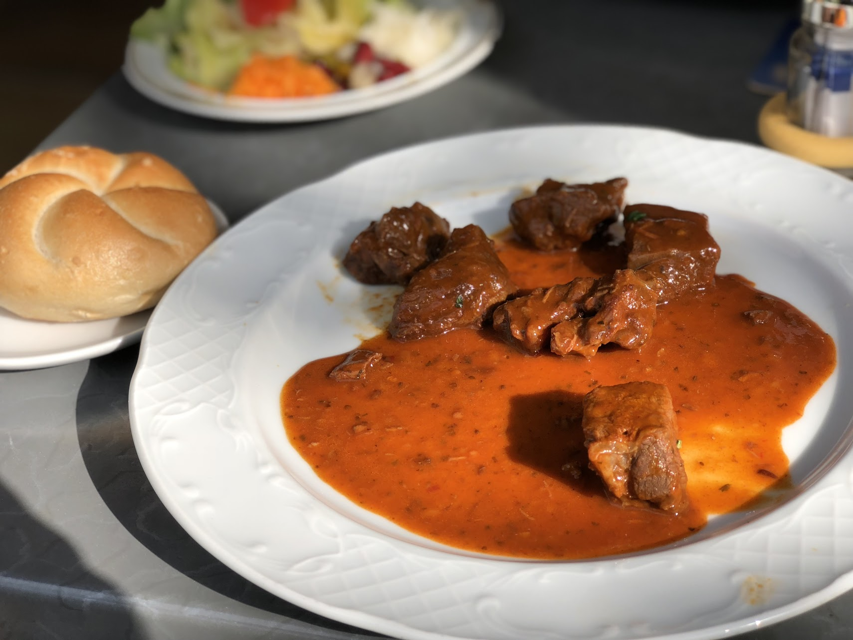 Small Goulash with Bread