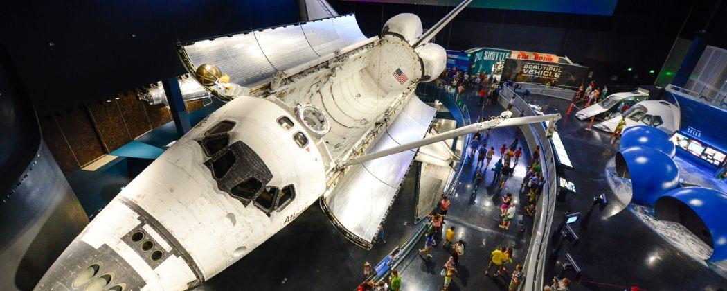 kennedy-space-center-atlantis-1050x420.jpg